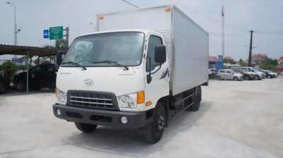 Xe Tải Hyundai 7 tấn thùng kín-HD700 giá tốt cho ae