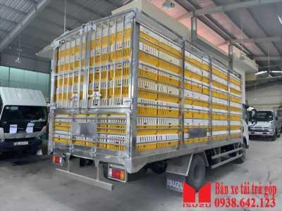 xe tải isuzu nqr75le4 thùng chở gia cầm 5 tấn giá tốt nhất thị trường