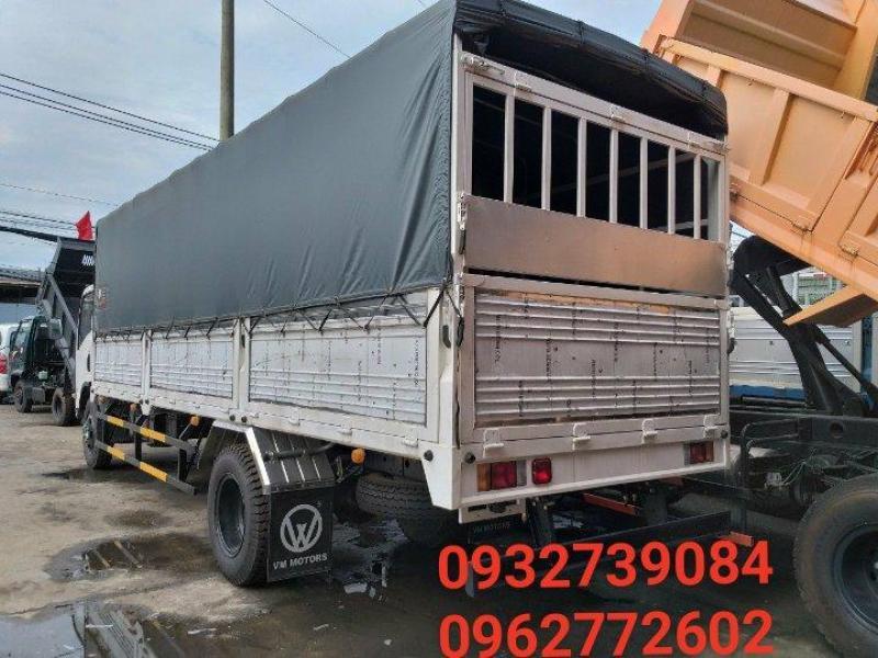Xe tải Isuzu Vĩnh Phát 8 tấn 2 giá siêu bất ngờ - Quà tặng hấp dẫn