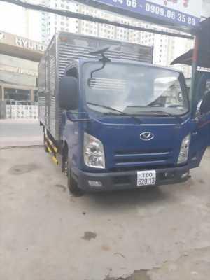 Bán xe tải Hyundai 2t4 đời 2018, trả trước 50tr có xe
