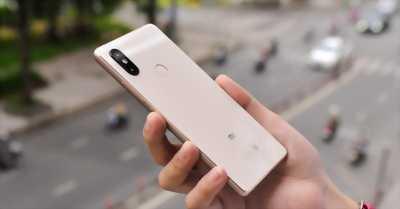 Xiaomi Mi 8 SE vàng 64G
