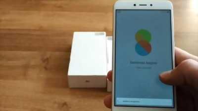 Xiaomi Redmi 4x vàng