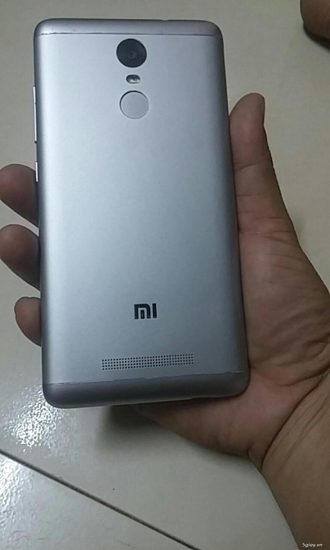 Rdmn5 Ram 3GB/32GB màu vàng sang trọng .