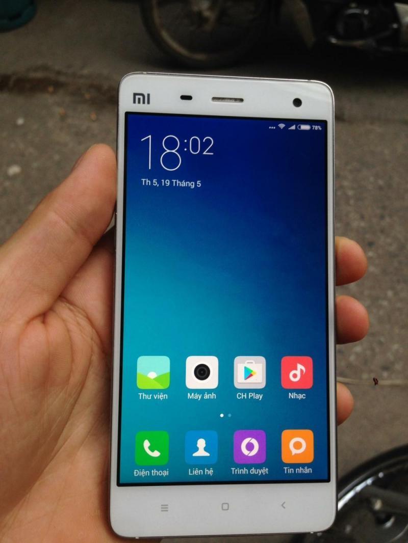 Xiaomi Mi4 trắng giao lưu iphone
