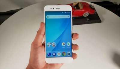 Xiaomi Mi A1 vàng 4/64 huyện xuân lộc