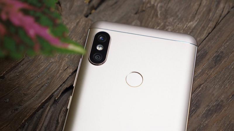 Xiaomi redmi note 5 chính hãng ở quận bình tân