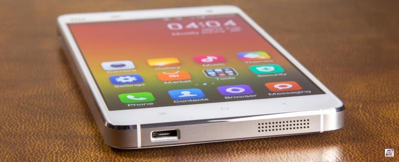 Xiaomi Mi4 trắng máy mượt không có lỗi