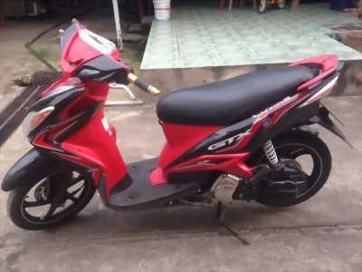 Mình cần bán xe Luvias GTX đỏ đen 2013, chính chủ, đăng ký 2014, BS 61d1 31563